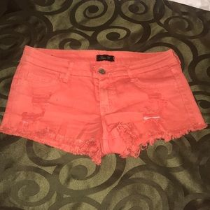 Peach Orange Buckle Distressed Jean Shorts size M